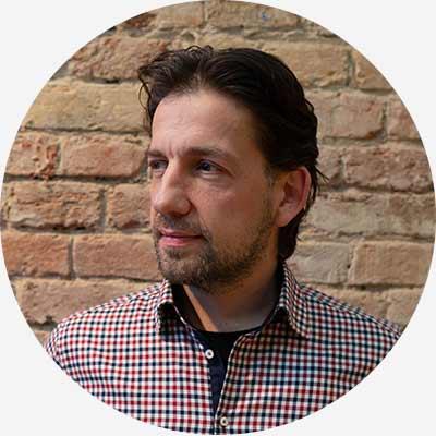 András Kövécs